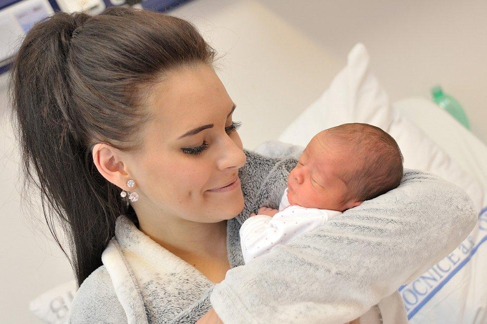 Lilien Práčková, tak pojmenovali prvorozenou dceru Kamila Drahošová a Tomáš Práčka z Třebařova. Holčička se narodila dne 7. 11. v 7.06 hodin, porodní váhu měla  2,540 kg.