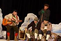 Dobytí severního pólu v podání vysokomýtských divadelníků.