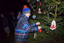 Vánoční strom u Kampeličky se rozsvěcí až den před Štědrým dnem, vždy od 17 hodin.