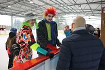 Devátý Karneval na ledě, který v neděli uspořádala Církev bratrská na zimním stadionu v Ústí nad Orlicí.