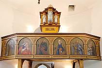 Rotunda svaté Kateřiny v České Třebové – lidově nazývaná láskyplně Kostelíček – je dnes jedinou dochovanou románskou rotundou celých východních Čech.