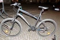 Opilý cyklista havaroval ve Vysokém Mýtě.