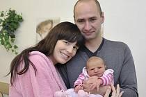 Ella Kunová těší rodiče Lenku Náměstkovou a Jaroslava Kunu ze Sudislavi nad Orlicí. Při narození 28. 12. v 8.56 hodin vážila 3,976 kg.