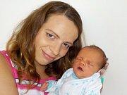 Tomáš Hladík je první syn Markéty a Tomáše z Dobrušky. S váhou 3100 g přišel na svět dne 12. 7. v 3.03 hodin.