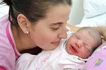 Charlota Ela Danišová je druhým potomkem Nikoly Večeřové a Jiřího Daniše z Jablonného nad Orlicí, kde už mají syna Samuela Jana. Holčička se narodila 12. listopadu v 17.55, kdy vážila 3,48 kg.
