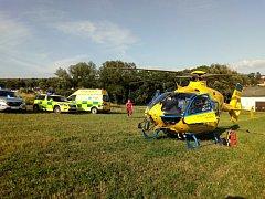 Pro zraněnou cyklistku přiletěl vrtulník