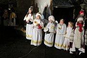 V Domově pod hradem Žampach oznámili advent andělé.