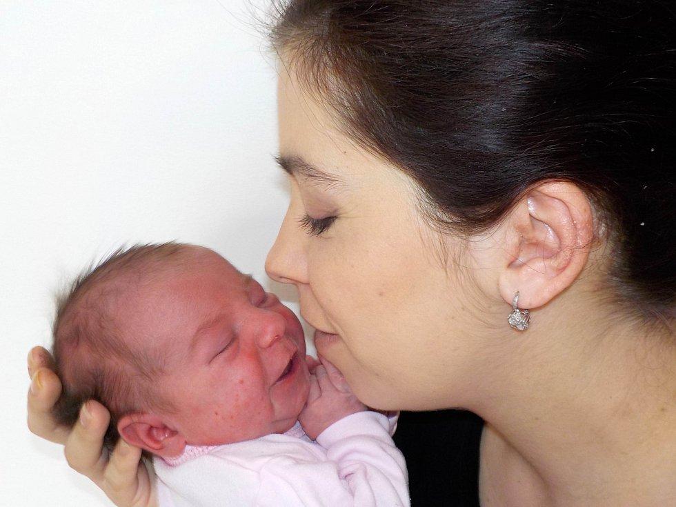 Ester Tobišková se narodila s váhou 3660 g dne 16. 3. v 16.55 hodin Jaroslavě a Petrovi ze Záchlumí. Těší se na ní bráchové Péťa, Vašík a Štěpa.