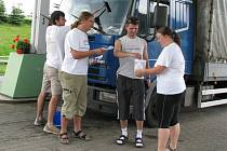HUMANITÁRNÍ AKCE KAPKA na podporu lidem trpícím poruchou krvetvorby pokračuje na vybraných čerpacích stanicích na Orlickoústecku a dalších desítkách v republice až do neděle.
