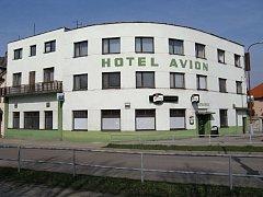 Hotel Avion.
