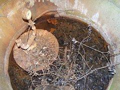 Staré vrty na Vysokomýtsku by mohly být hrozbou pro podzemní vody.