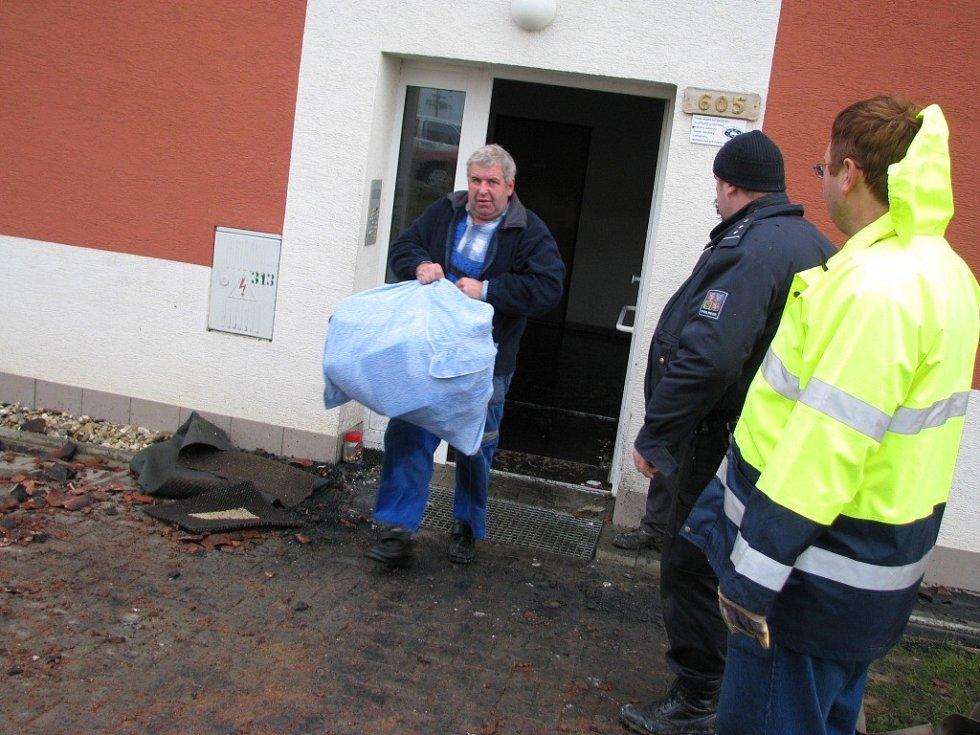 V Rudolticích u Lanškrouna hořel bytový dům.