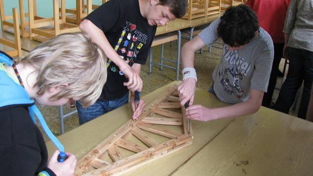 Technické hry Průmyslové střední školy v Letohradu.