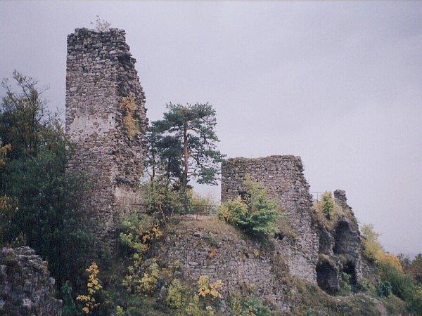 Zřícenina hradu Zubštějn.