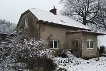 Drážní domek v Letohradu - Orlici je už ve velmi špatném stavu.