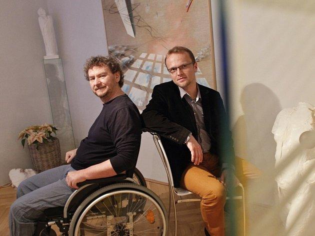 Malíř Richard Pešek s hejtmanem Martinem Netolickým.
