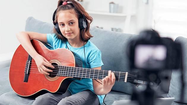 Talentové přijímací zkoušky jsou na pelhřimovské škole online již druhým rokem. Ilustrační foto