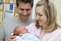 Matěj Josef Hrdina, tak pojmenovali prvního potomka manželé Iva a Luboš ze Žamberku. Narodil se jim 11. dubna ve 12.45 a vážil 3,2 kg.