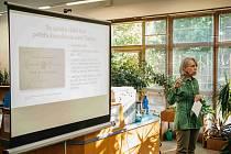 Přednáška Marie Mackové v orlickoústecké knihovně.