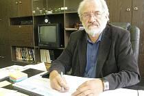 Zdeněk Rössler, ředitel Střední školy uměleckoprůmyslové Ústí nad Orlicí.