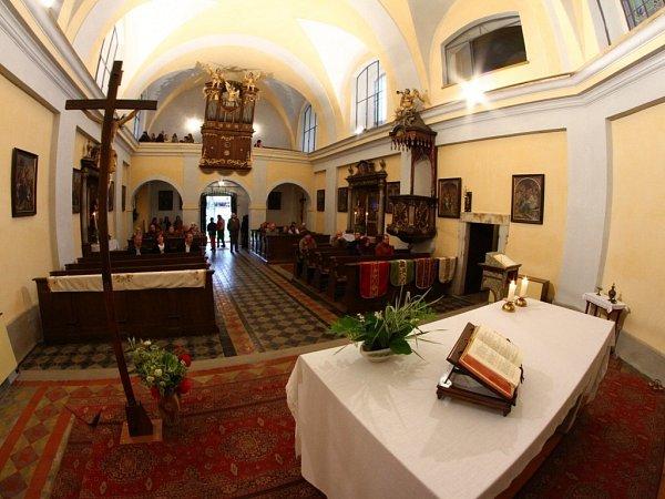 Rekonstruovaná kaple sv. Anny vústeckých Hylvátech.
