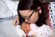 Nina Hlušičková je prvním dítětem Michaely a Miroslava z Ústí nad Orlicí. Narodila se 5. 2. v 16.01 hodin s váhou 3,100 kg.