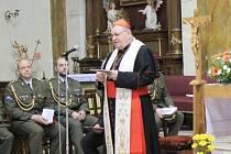Bohoslužba vyslání vojenského kaplana Jiřího Peška.