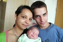 Sebastian Plíva je jméno prvního potomka Alžběty Kimové a Vladimíra Plívy z České Třebové. Narodil se 20. dubna v 5 hodin a vážil 3,1 kg.