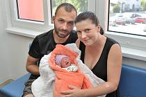 Šimon Glesner je první radostí pro Magdalénu Foglovou a Miroslava Glesnera z Horní Sloupnice. S váhou 2210 g se narodil 3. 9. v 12.20 hodin.