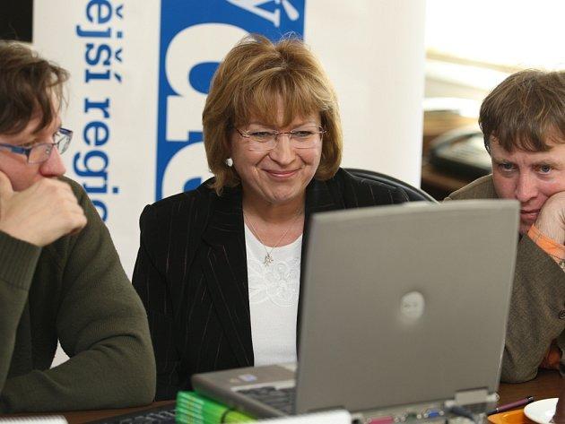 Senátorka Ludmila Mullerová při online rozhovoru v Orlickém deníku.