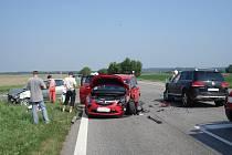 Z dopravní nehody v Zámrsku.