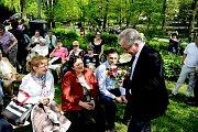 Oslava svátku matek v českotřebovském městském parku Javorka.