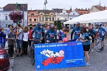 Cyklo-běh za Českou republiku bez drog 2018 zastavil i ve Vysokém Mýtě.