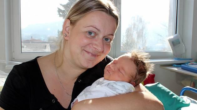 Jakub Křivánek je po Natálce druhým dítětem Moniky Třískové a Libora Křivánka z Rudoltic. S váhou 3500 g se narodil 11. 11. v 23.14 hodin.
