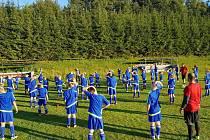 Mladí fotbalisté zdokonalovali dovednosti.