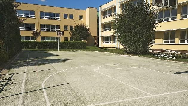 Opravy škol jsou dokončeny v předstihu