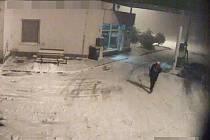 Policie hledá zloděje z benzínky.
