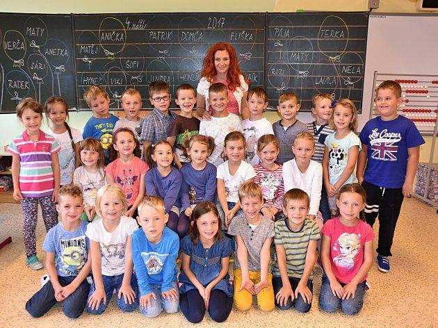 Žáci z1. B Základní školy Dobrovského vLanškrouně.