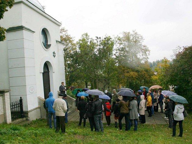 V ohelu na židovském hřbitově v Žamberku byla otevřena nová expozice.