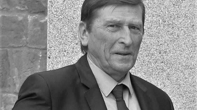 Ve čtvrtek 15. dubna zemřel Augustin Karel Andrle Sylor - zakladatel plavecké školy a někdejší poslanec Parlamentu České republiky.