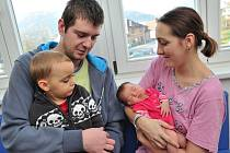 Ema Lorencová se narodila 11. listopadu ve 21.03 Mileně a Jiřímu ze Šedivce, kde se na ni těší bratr Jiří. Vážila 3,99 kg.
