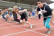 Speciální školy soutěžily v atletickém čtyřboji.