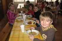V Sopotnici měli v den stávky provizorní jídelnu.
