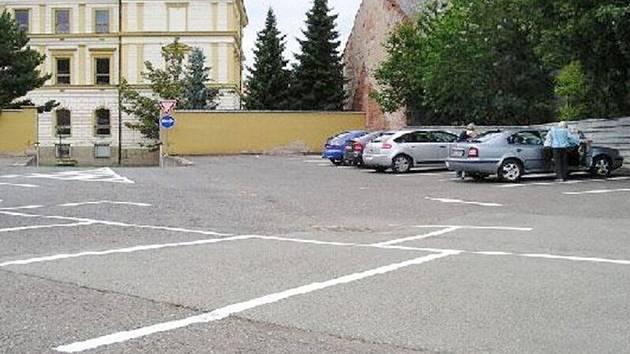 Nové parkoviště v Habrově dvoře v Žamberku.