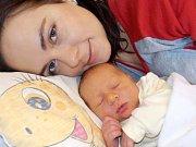 Jan Votava je po Emičce druhé dítě, které bude v Řetové těšit rodiče Žanetu a Jana. S váhou 3570 g se narodil dne 12. 12. v 8.07 hodin.