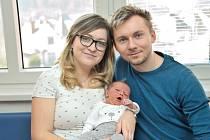 Kryštof Tóth je první radostí pro Martinu a Tomáše ze Žamberka. S váhou 3860 se narodil 1. 4. v 3.10 hodin.