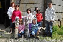 Družstvo Knoflíkové Okurky ze Znojma dovezlo přes 2 km navlečených knoflíků.