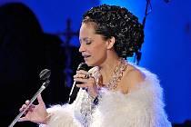 Lucie Bílá zahájila turné po východních Čechách nazvané Bílé Vánoce v Lanškrouně.