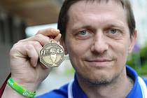 Titulem  Veteránský mistr světa v in – line hokeji se pyšní Miroslav Resler z Ústí nad Orlicí. K zisku titulu se probojoval o uplynulém víkendu na mistrovství světa v Anglii.