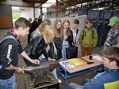 Polští studenti na TECHNOhrátkách v Králíkách.